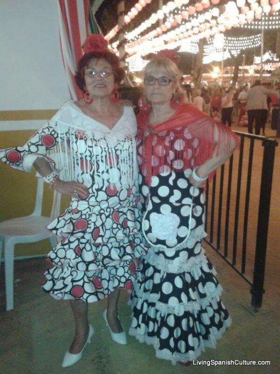 Feria de Sevilla,Spain,Espagne,Seamstresses
