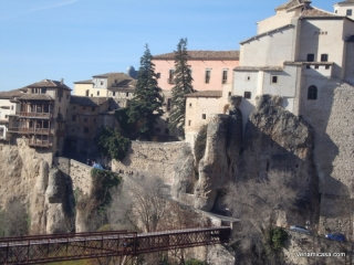 Cuenca,bridge and hang houses