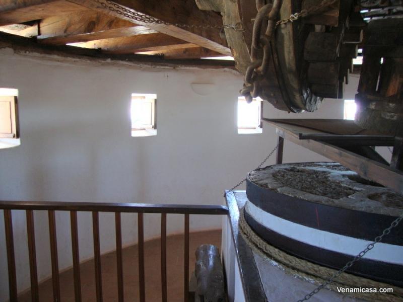 windmill-inside-3