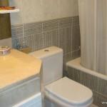 Homestay Madrid, Spain, Sofia,bath