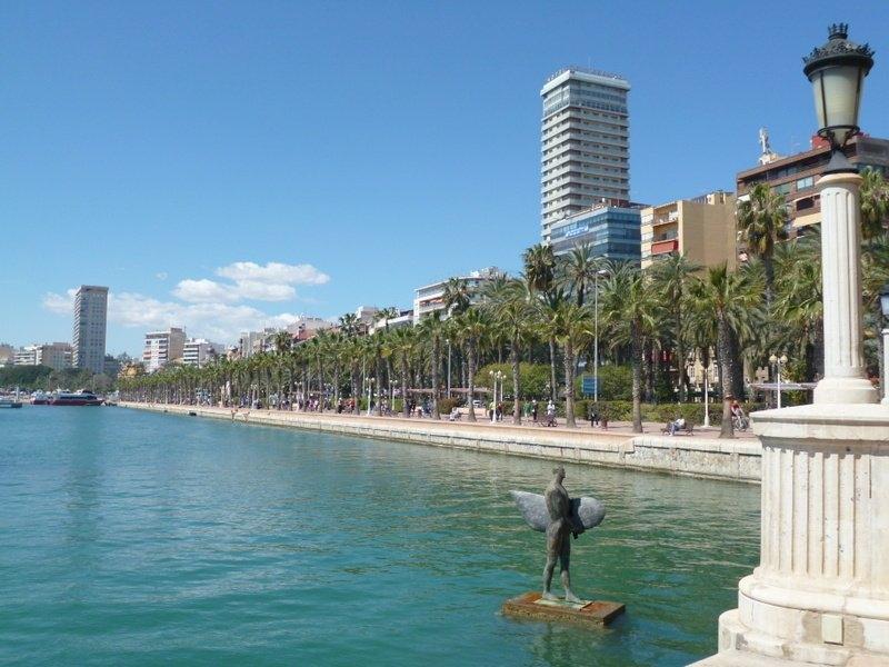 Alicante,Spain-Promenade