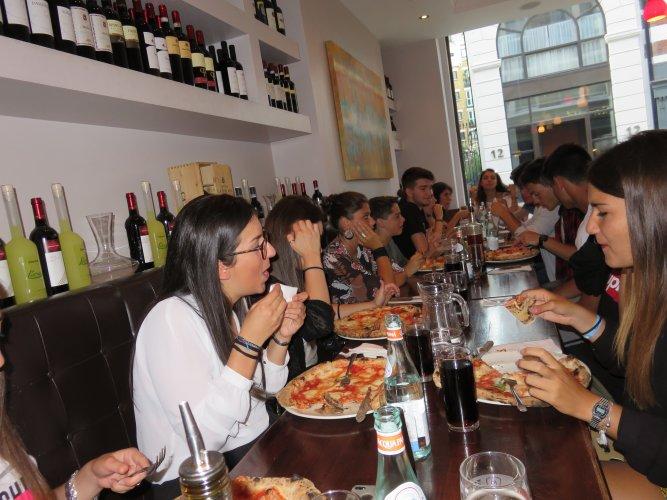 Volunteering in London (1)