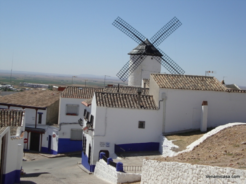 windmilll-in-campo-criptana
